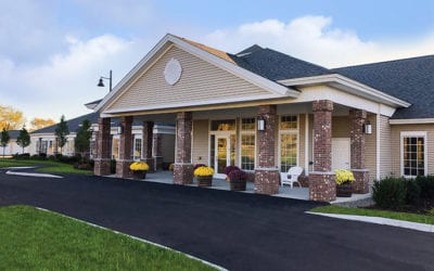 Woodlands Senior Living of Farmington Invites Public to Open House Events